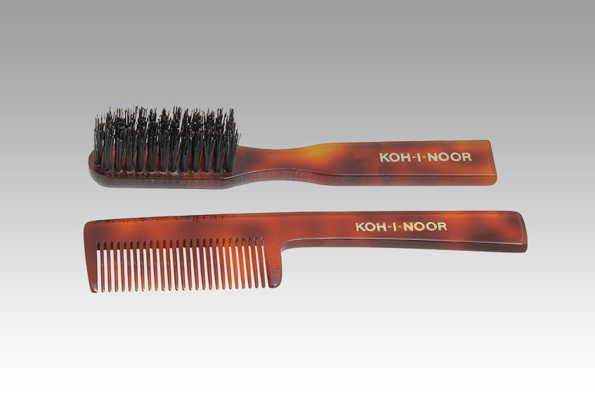 jasp mustache and beard brush and comb kit koh i noor. Black Bedroom Furniture Sets. Home Design Ideas
